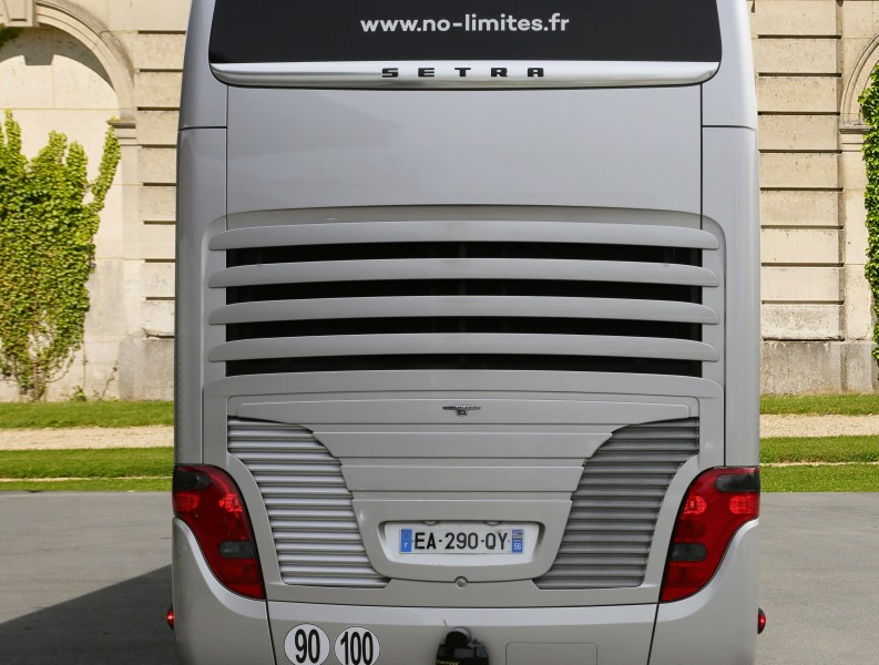TourbusLe Black Pearl