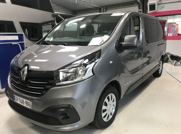 Renault 9 places